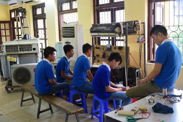 Dạy nghề sửa chữa điện lạnh 2017