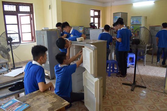 dạy nghề sửa điện lạnh