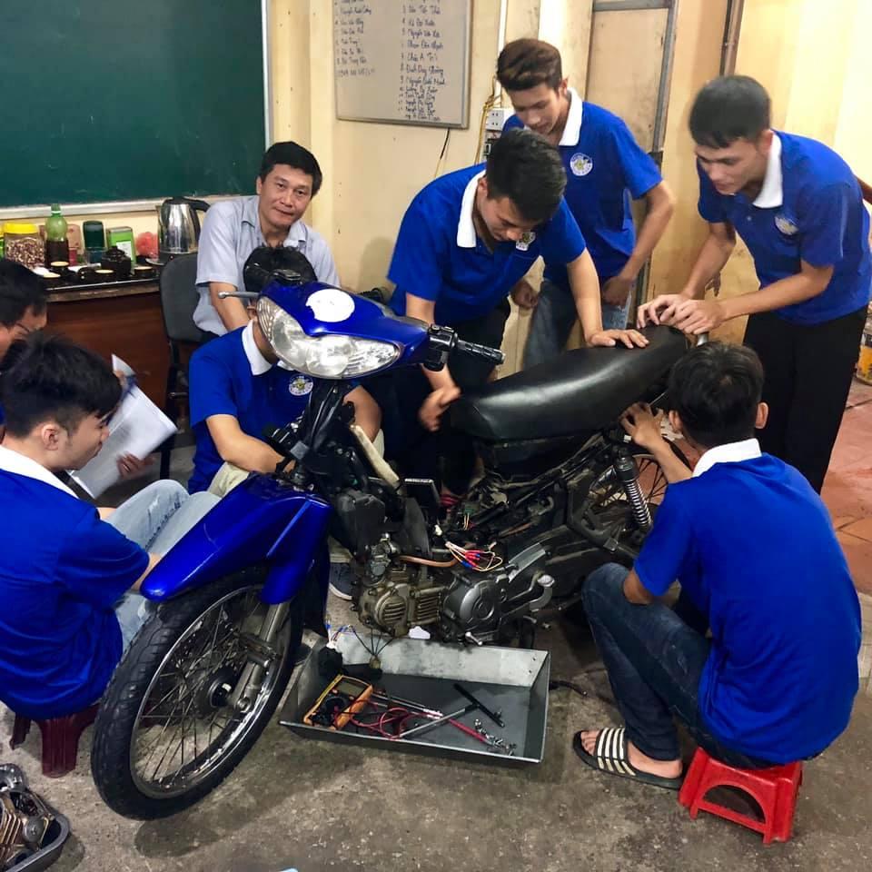 Học nghề sửa chữa xe máy có khó không?
