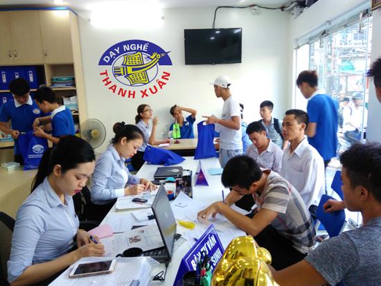 Trường dạy nghề Thanh Xuân tăng thêm 1268 chỉ tiêu tuyển sinh cho 20 ngành nghề khác nhau