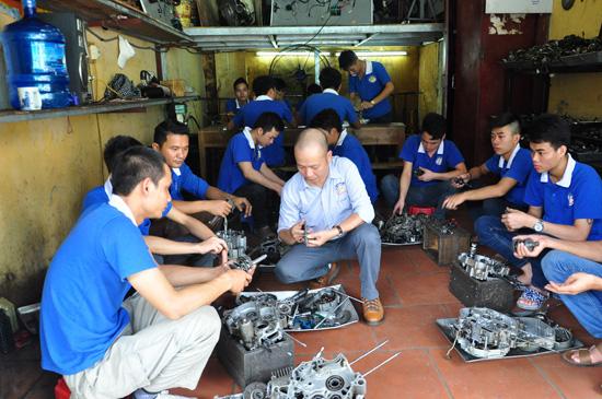 Một số hình ảnh lớp Sửa Chữa Xe Máy - Tại Dạy Nghề Thanh Xuân